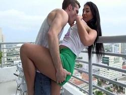 Follando con una latina adicta al sexo duro - Videos XXX