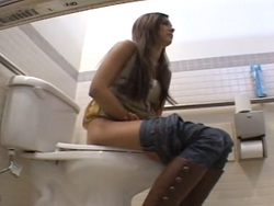 Dosis de sexo anal en los baños públicos de la tienda - Anal
